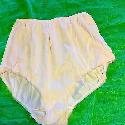 Unbranded Peach Colored Nylon Full Cut Brief Panties Size 6-7