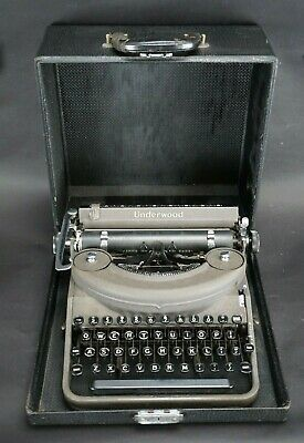 Vintage 1941 Underwood Noiseless Portable Typewriter P1353735