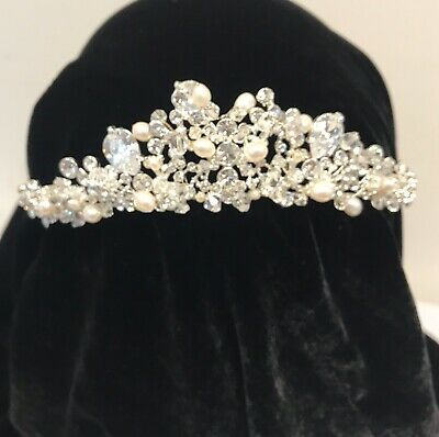 Tiara by Amanda Wyatt.