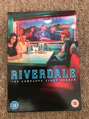 Riverdale The Complete First Season. Region 2.. VGC