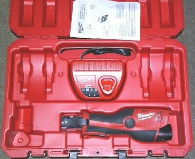Milwaukee 2473-20 Force Logic Press Tool + Storage Case + M12 2Ah + Charger