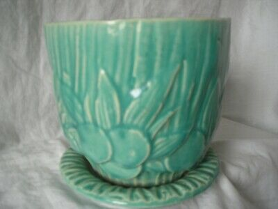 "Vintage McCoy Green Sand Dollar Planter with Attached 6 1/2"" Saucer"