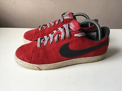 NIKE girls red suede low top trainers size 6/39