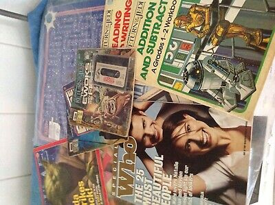 Asst Star Wars books and placemats.