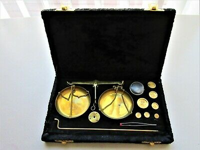 Vintage Brass Scale Model 509 W/ Weights Made In India In Black Velvet Case