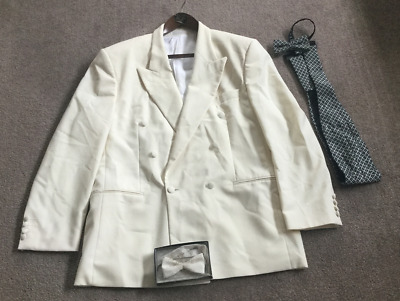 AUSTIN REED Cream Tuxedo Trevira Dinner Jacket + Cummerbund & 2 Bow Ties
