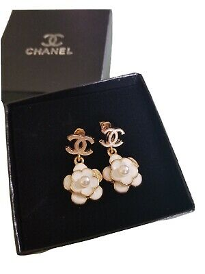 100% Authentic Chanel Earrings CC Logo Studs Crystal