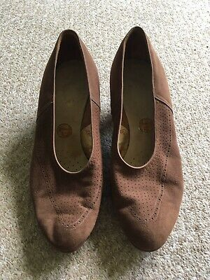 Brown Suede Vintage 1930s/ 1940s Barratts Womens Shoes Size 6