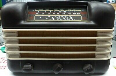 Radio Table mantle 1952 Mod 525D