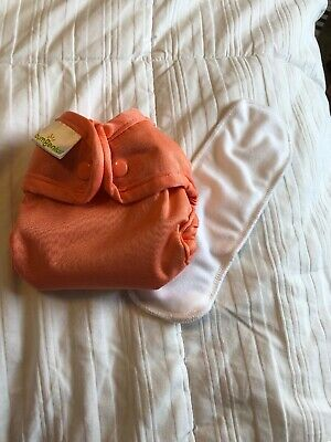 Bumgenius Newborn Size Cloth Diaper 2.0 Snaps With Doubler - NB XS Little - Kiss