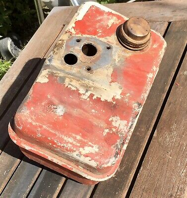 Briggs and Stratton Engine 5hp 3 Quart Fuel Gas Tank Salvage Vintage 1960s 1970s