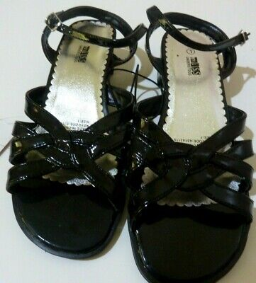 BNWT Miss Understood Girl's Sandals Shoes Black Small Heel Dressy