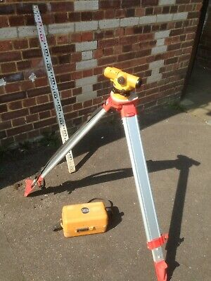 Topcon AT-G7 Automatic Auto Level Surveying, Tripod and  Mast