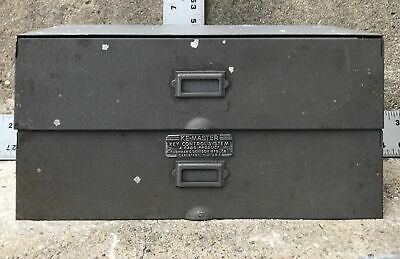 Vintage Ke-Master Key Metal Storage Cabinet Holds 40 Keys w/ 50 tags Valet