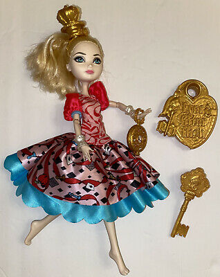 Ever After High Apple White Way Too Wonderland Doll