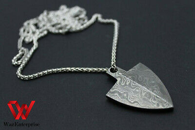 Hand forged heart pendant handmade heart necklace beautiful gift for your lover. Damascus steel love locket