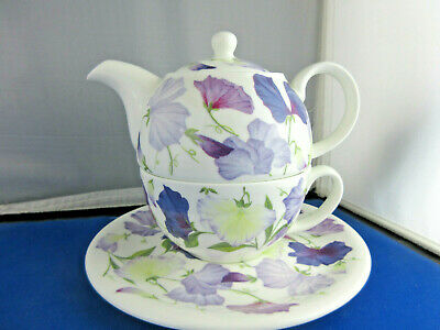 SALE SWEET PEA LILAC  TEA FOR ONE ROY KIRKHAM, Fine Bone China, Made in England.