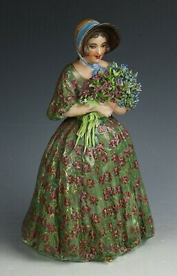 "Antique Capodimonte figurine ""Lady with Flowers"" WorldWide"