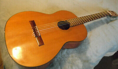 VINTAGE ARIA Classic 6 String Acoustic GUITAR MOD A551B w/ bag. Made in Japan