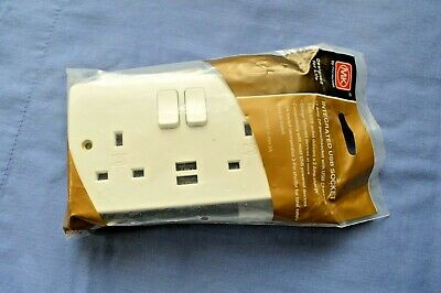 Mk Logic Plus K2743 Twin 2 Gang Switch Socket With 2 Integrated Usb Like K2744