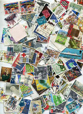 Set  unsorted  franked stamps of    Great Britain