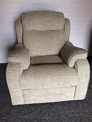PARKER KNOLL BOSTON Standard Arm Chair, fixed, Euphoria