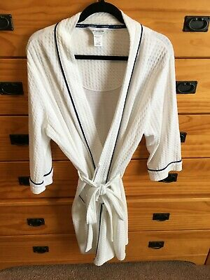 White Textured Liz Claiborne Knee Length Robe with Navy Blue Trim, Pockets and 3