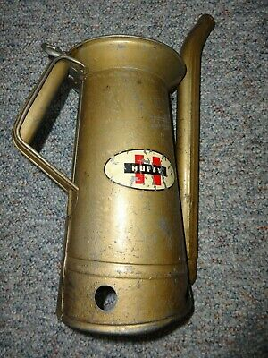 Vintage Huffy Gas Station Half Gallon Liquid Oil Can # H-27 WITH MOVABLE SPOUT