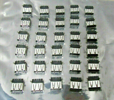 Lot of 30 NEW Type A Standard USB Connector 4 Position Right Angle Mount 1 Port