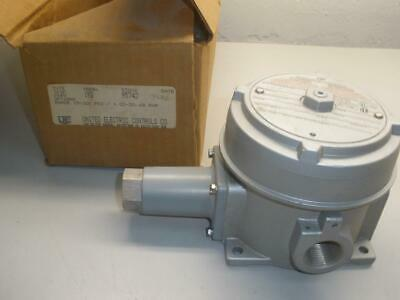 United Electric Controls J120-192 Pressure Switch NOS NEW