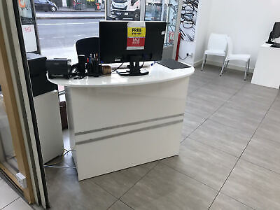 White Gloss Reception Desk Storage Drawers Curved Desk Locks Working Station
