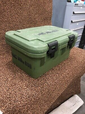 Cambro 180MPC Food Carriers with stainless inserts