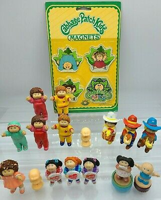 BIG LOT of Cabbage Patch Kids Mini PVC Figurines, Magnets, Stamps 1984