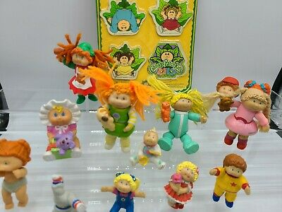 BIG LOT of Cabbage Patch Kids Figurines and Magnets vintage 80s