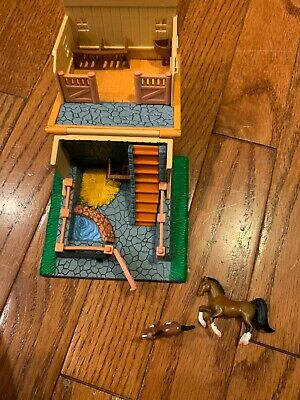 Breyer MINI WHINNIES Playset with Two Horses