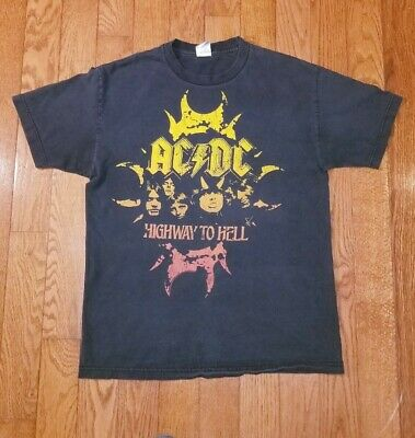 ACDC Highway To Hell Graphic Band T Shirt Vintage Men's LARGE 2007