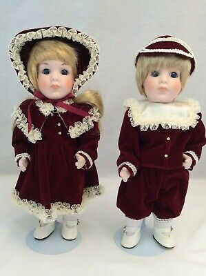 "Vintage CHSN La Collection Heirloom Collection 1988 Twin Dolls 10"" lot of 2, Box"