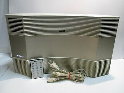 Bose white  Acoustic Wave Music System Model CD-3000 w / Remote work great