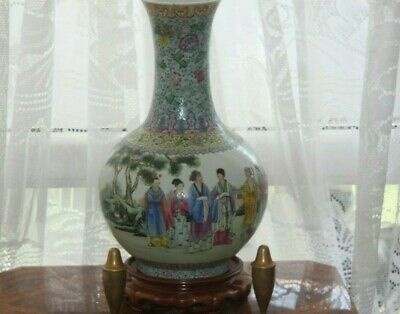 Chinese fine quality Famille rose large vase