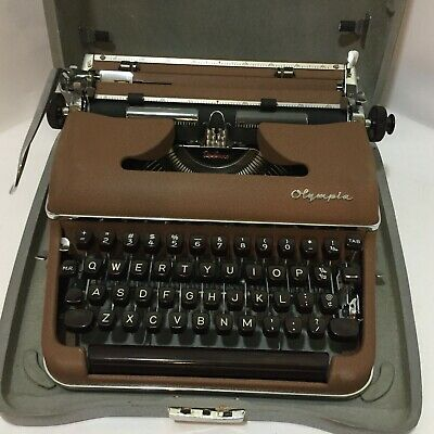 Vintage 1957 Olympia Sm3 Deluxe Portable Brown Typewriter & Case