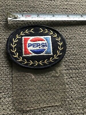 RARE VINTAGE OVAL HEAVY EMBROIDERED PEPSI PATCH With Golden Leafs Wreath