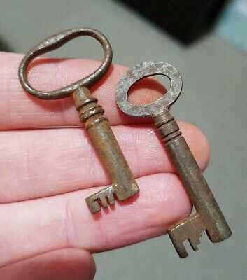 Small Little Old Antique Vintage Key Box Keys Rustic Charms Pendant Shabby Chic