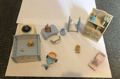 Sylvanian Families - Nursery Furniture/Accessories Bundle; Working Night Light