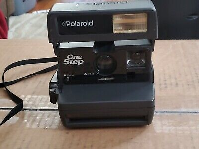 Vintage Polaroid Onestep Closeup 600 Instant Camera With Strap Working Condition