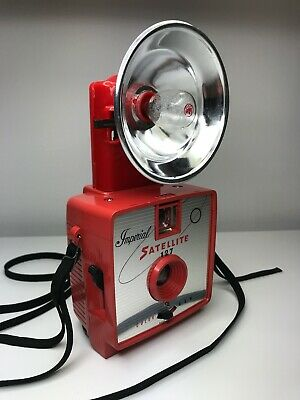 Vintage Imperial Satellite 127 Flash Camera - Red with Red Flash