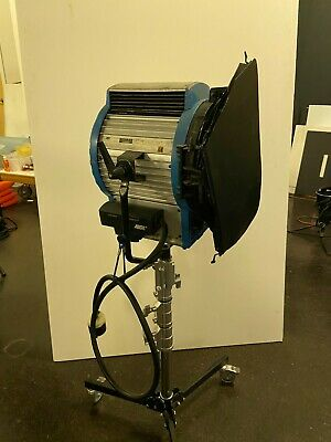 Arri 5000 Stage Studio Film Tungsten Location Fresnel Light Fixture 5000w 5k