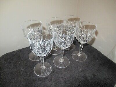 Vintage Small Crystal Wine Glasses x 6 in absolutely perfect condition.