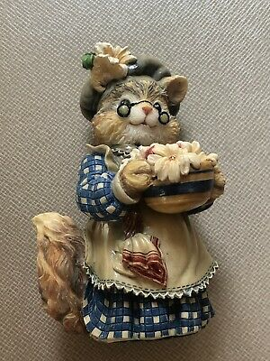 Thickets At Sweetbriar ~ Maybelle Pudding ~ Resin Cat Figurine