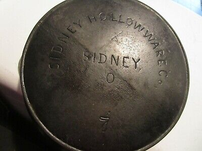 Vintage Sidney Holloware Sidney-O- No 7- Iron Skillet/Fry Pan 1800's