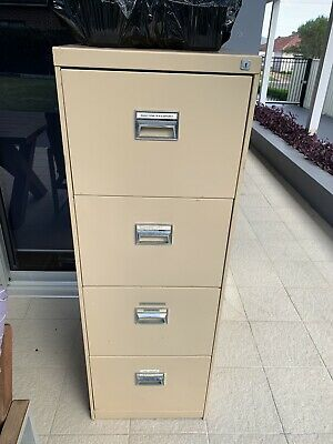 Lockable Filing Cabinet 4 drawer Used